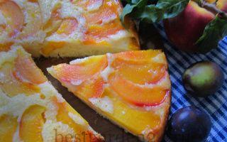 Пирог перевертыш с персиками