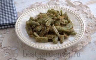 Жареная зеленая стручковая фасоль в панировке