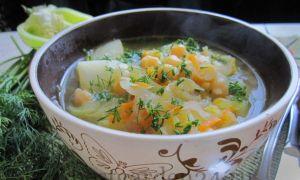 Постный суп с капустой и нутом