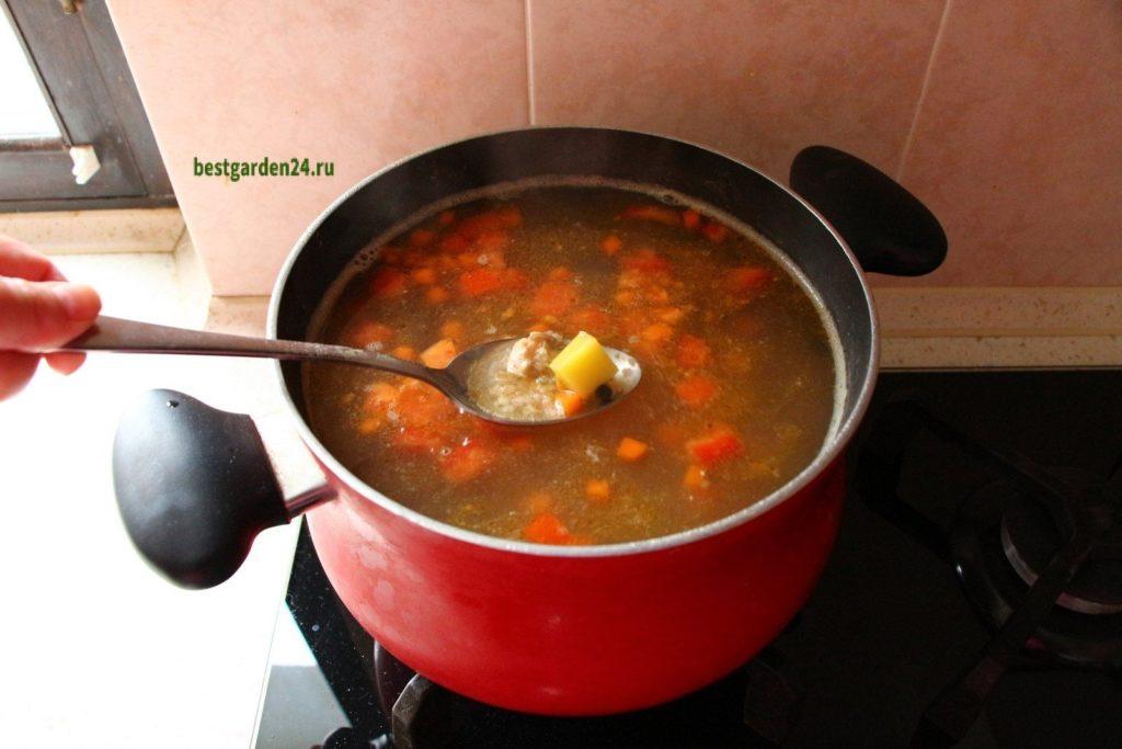 Добавили в рыбный суп зажарку