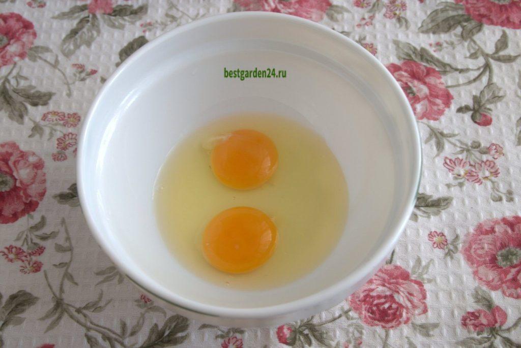 Яйца для бисквитного кекса