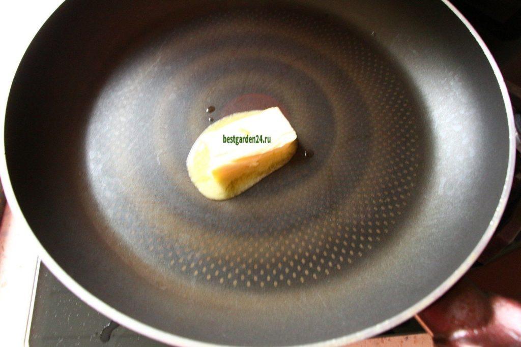 Сливочное мало на сковороде