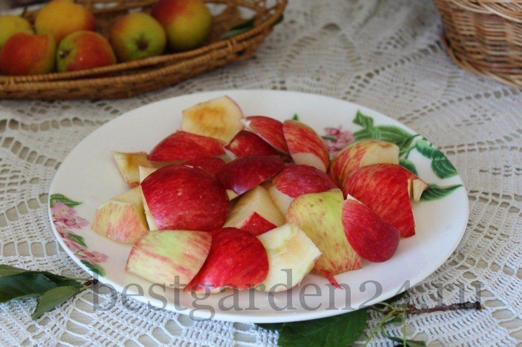 Яблоки для компота на зиму