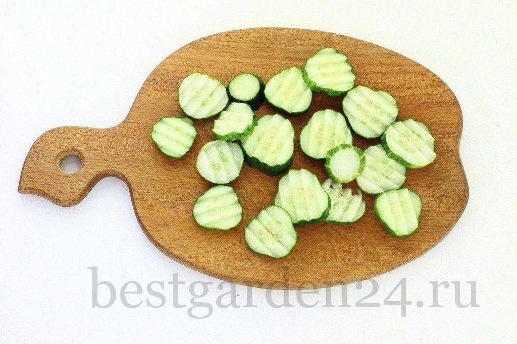 Огурцы в нарезке для салата на зиму