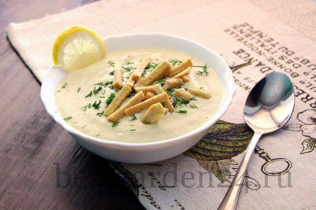 Крем-суп из сельдерея и цветной капусты