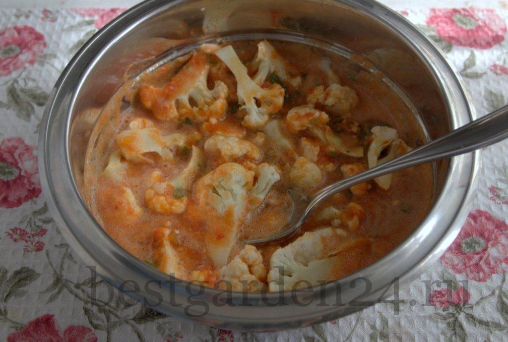 Цветная капуста в томатном пюре