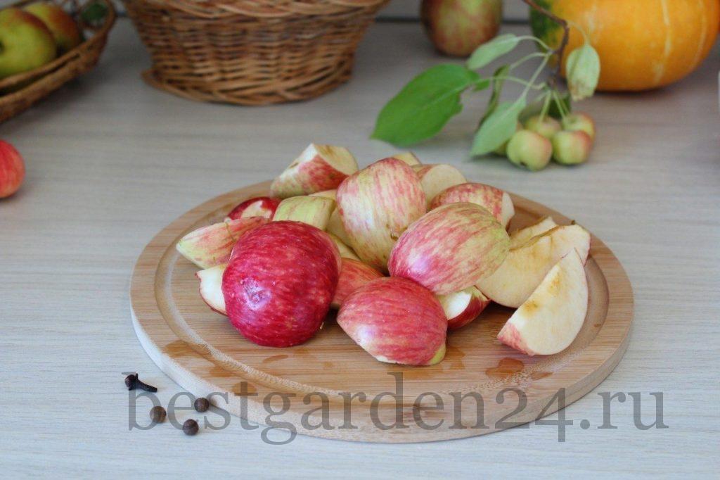 Яблоки в нарезке для компота