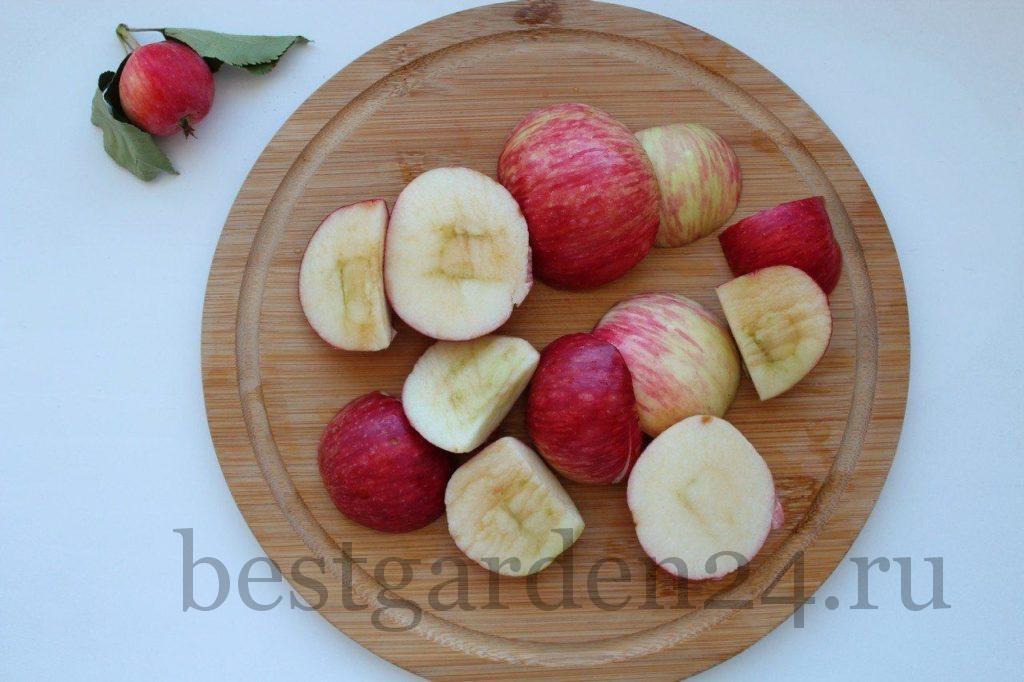 Яблоки кусочками для компота