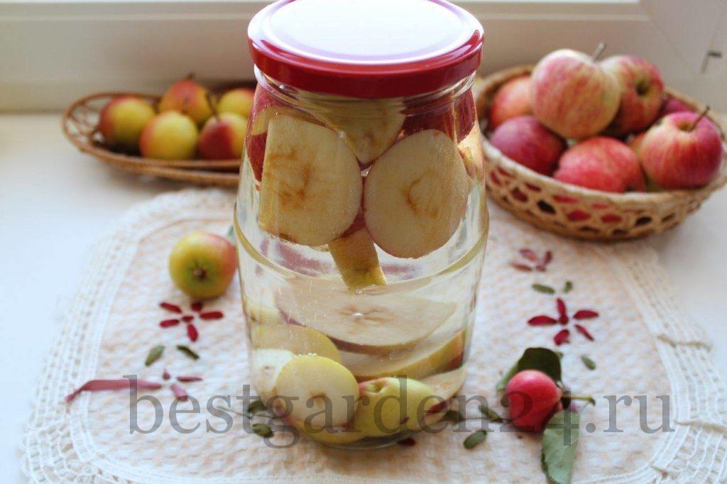 Компот из груш и яблок на зиму