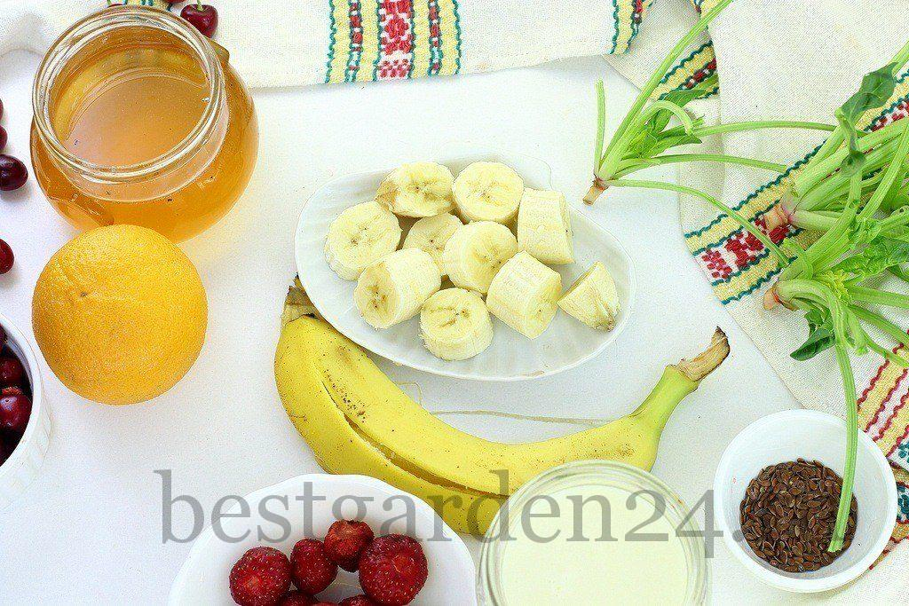 Банан для смузи со шпинатом