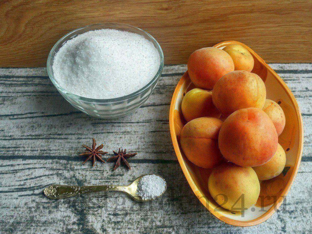Абрикосы, сахар и бадьян