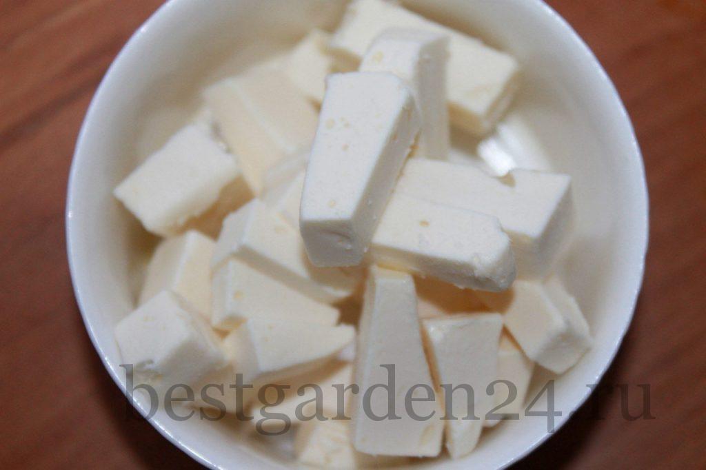 Творожный сыр кубиками