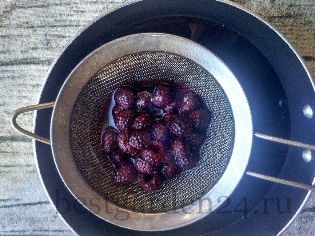 Готовка компота из ежевики